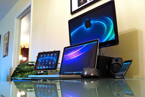 apple home office setup Inspirational Workspace: 60 Awesome Setups
