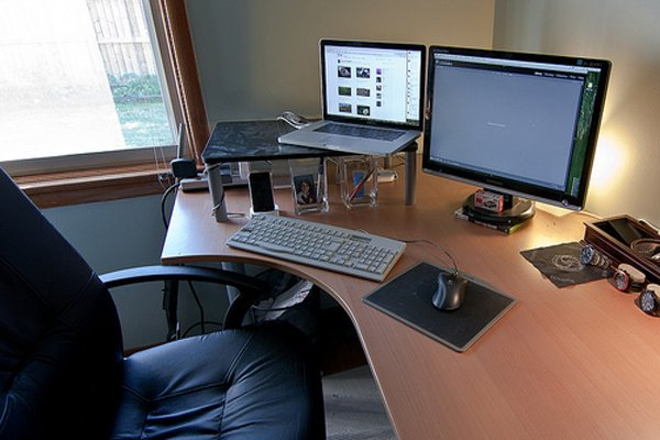 corner desk home office Inspirational Workspace: 60 Awesome Setups