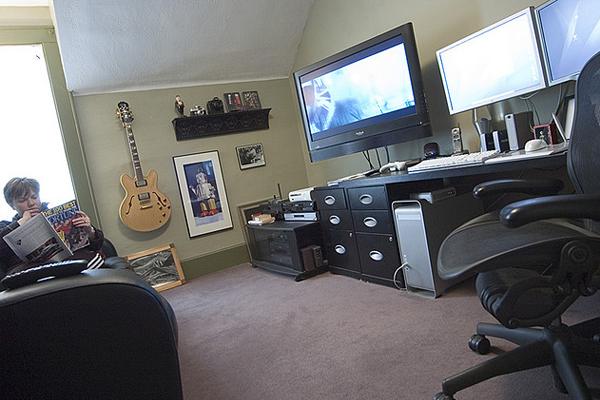 home office digital darkroom Inspirational Workspace: 60 Awesome Setups