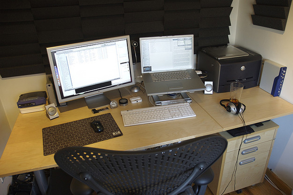 home office early 2006 Inspirational Workspace: 60 Awesome Setups