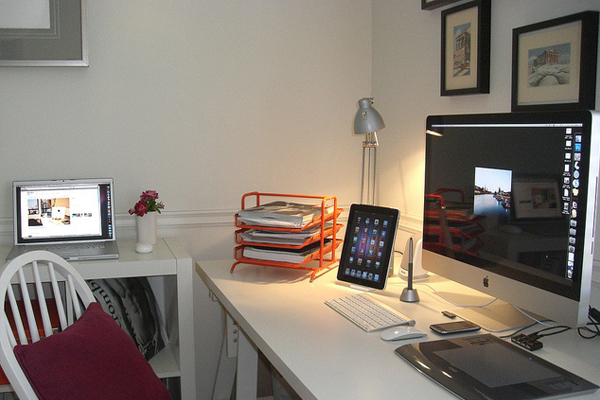 little mac world Inspirational Workspace: 60 Awesome Setups