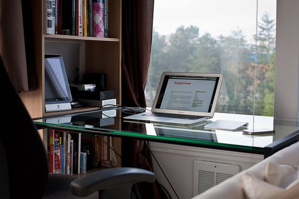 macbook air home setup Inspirational Workspace: 60 Awesome Setups