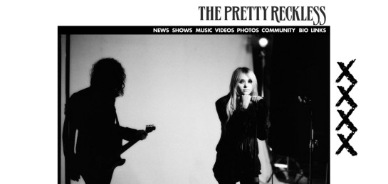 theprettyreckless Showcase Of Beautiful Black And White Websites