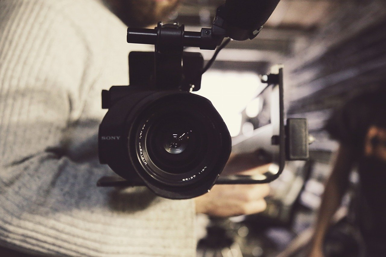 4 Tips on Low Cost Video Making Without Any Experience