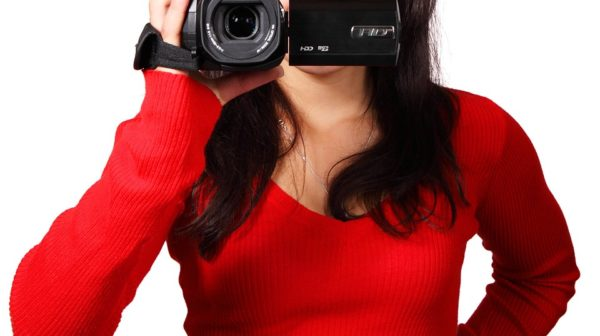 10 Things To Look For In a Vlog Camera