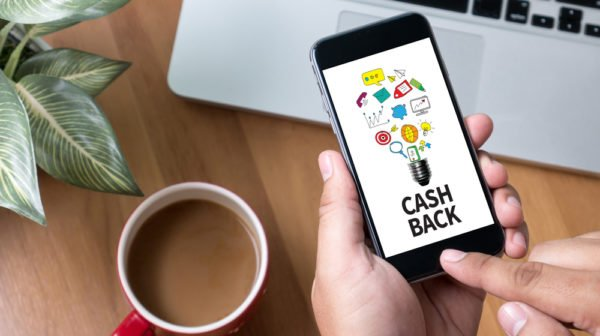 Making Money While Spending With a Cashback App