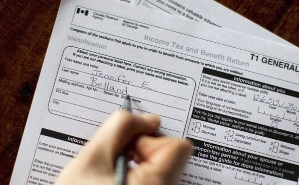 4 Things Canadians Should Consider When Filing Income Tax Returns