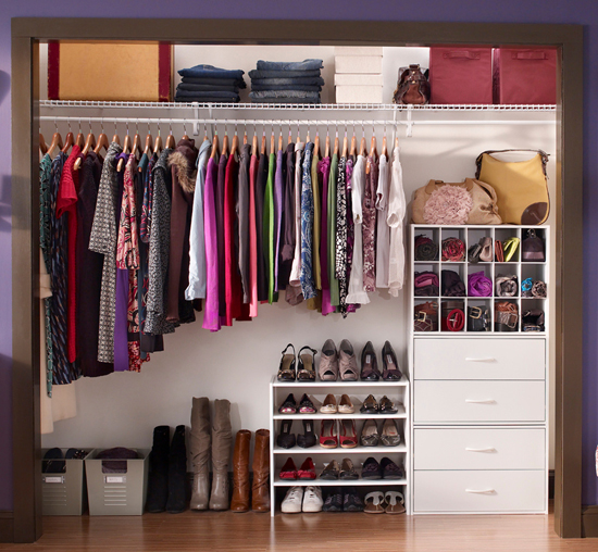 Hollycrest - Savedelete - How to Organize Your Closet in your Studio Apartment
