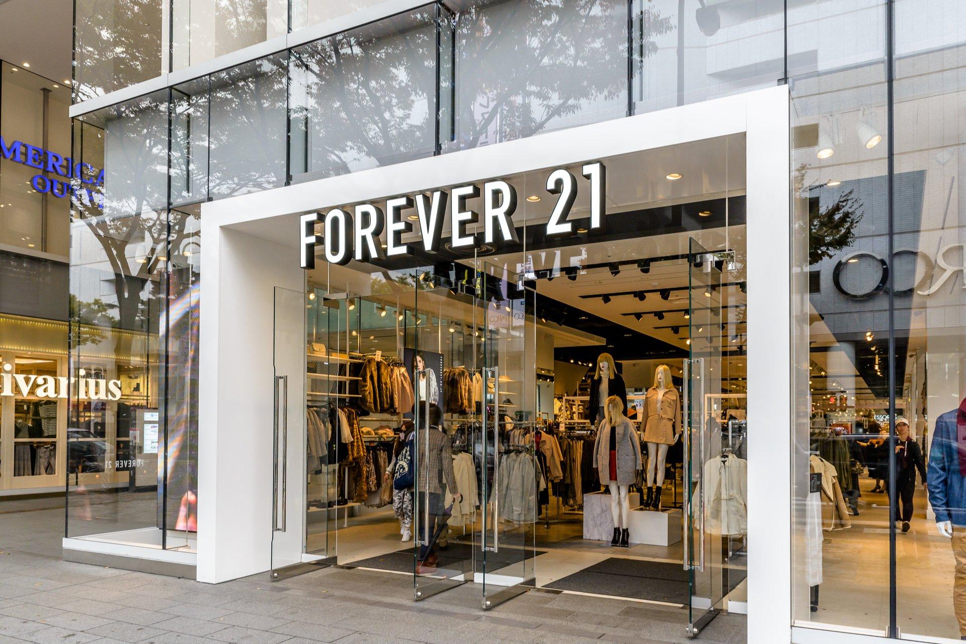 forever-21-goes-bankcrupt