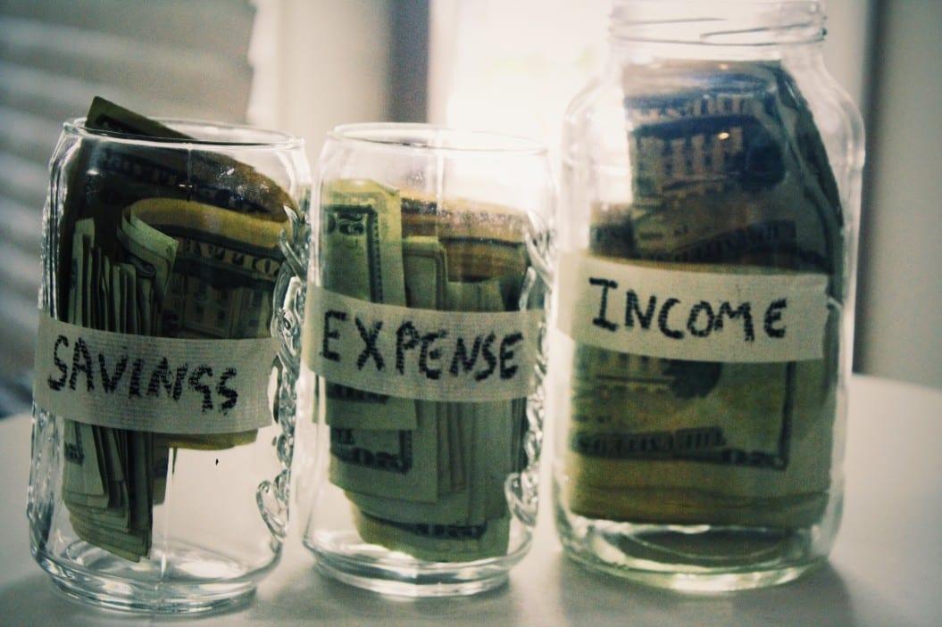 saving-expenses-and-income