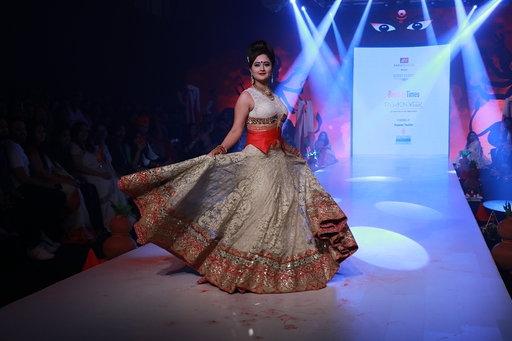 Rashami Desai Showcases The Creation Of Fashion Designer Rohit Verma At The Bombay Times Fashion Week In Mumbai Savedelete