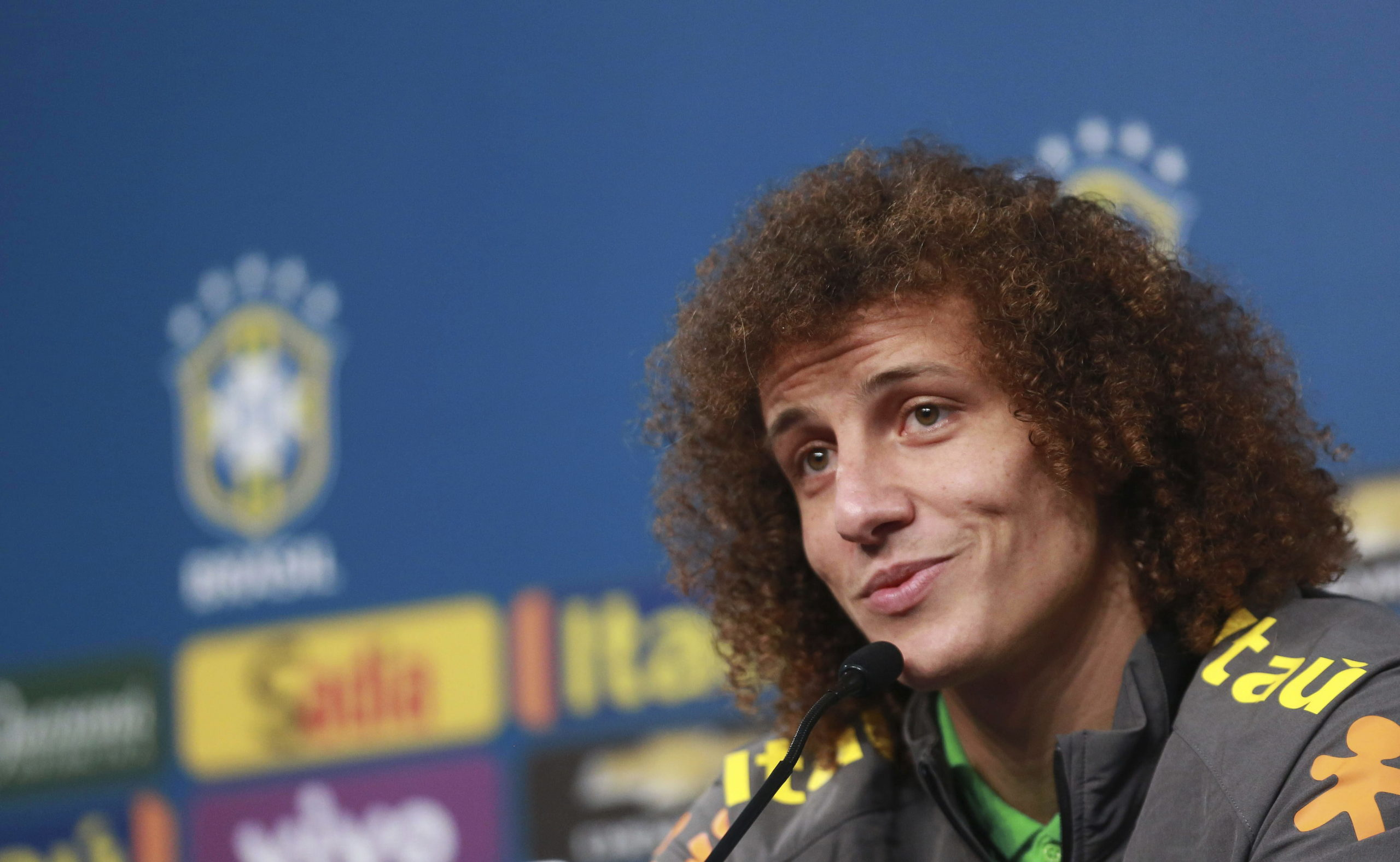 David Luiz Pens New One-year Contract At Arsenal