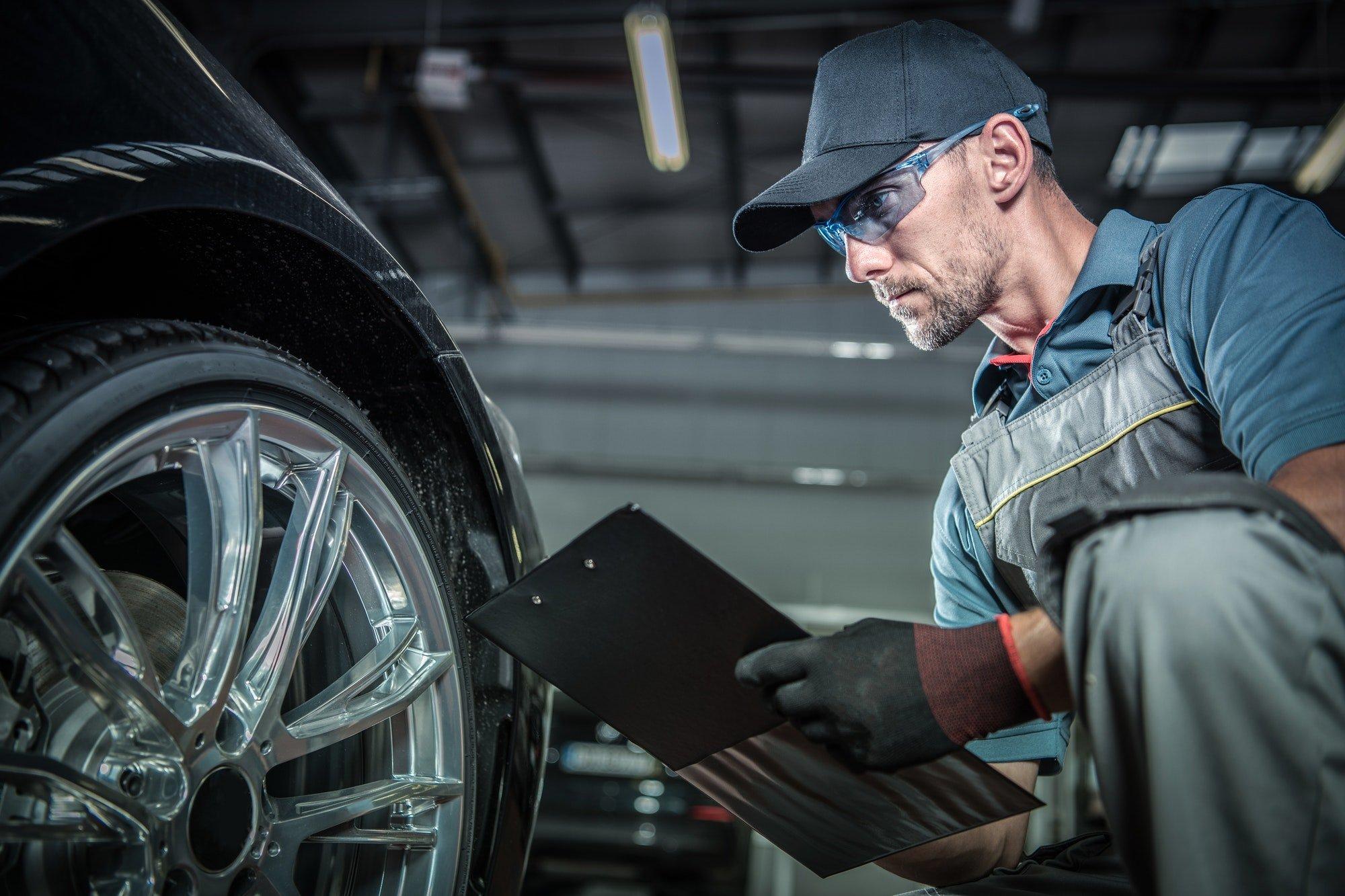 Auto Mechanic Job