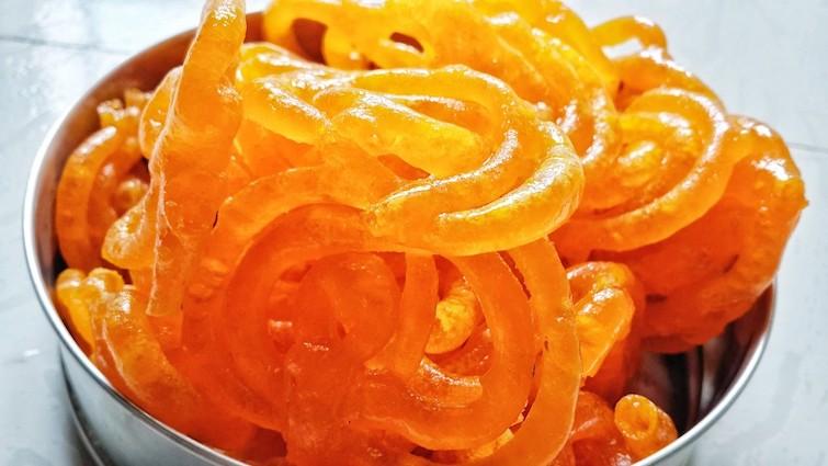 jalebi-indian-sweet