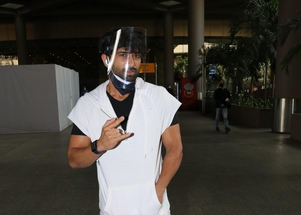 Actor Pulkit Samrat seen at the Chhatrapati Shivaji Maharaj International Airport in Mumbai