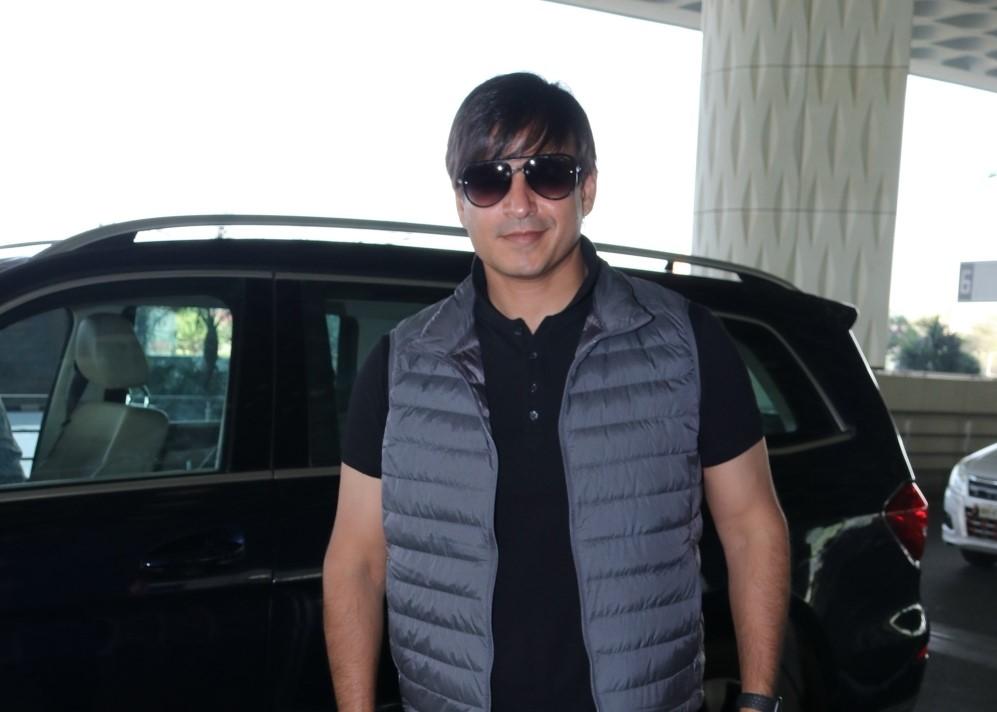 Actor Vivek Oberoi seen at the Chhatrapati Shivaji Maharaj International Airport in Mumbai