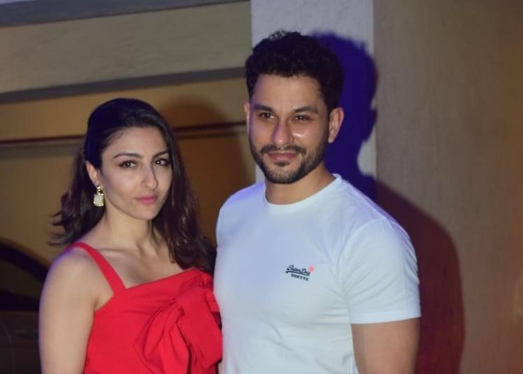 Actor couple Kunal Khemu and Soha Ali Khan seen at the Bandra residence of actress Kareena Kapoor Khan, in Mumbai