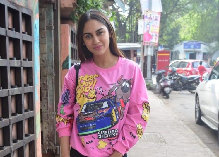 Actress Krystal D'Souza seen at Andheri in Mumbai