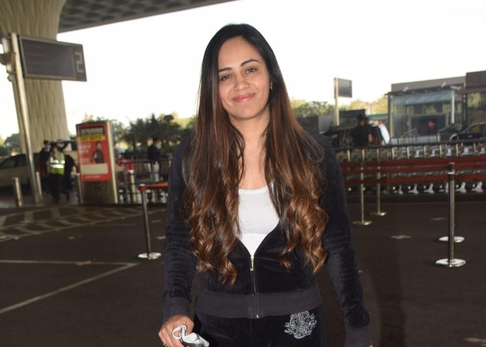 Actress Sanchita Puri seen at the Chhatrapati Shivaji Maharaj International Airport in Mumbai