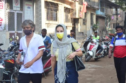 Actress Sunny Leone seen at Madh jetty in Mumbai