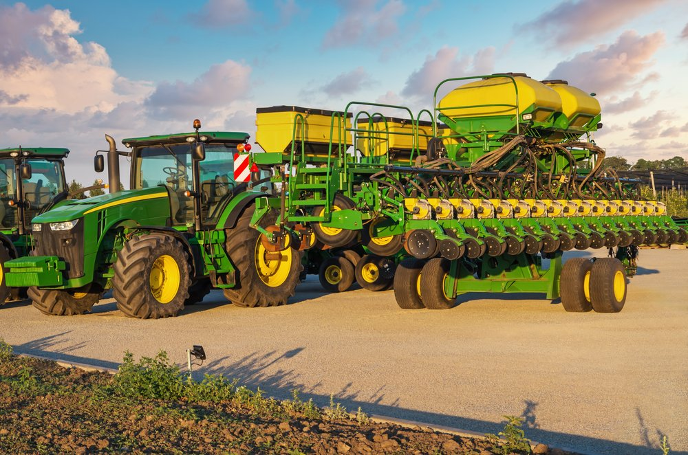 agricultural machinery leasing