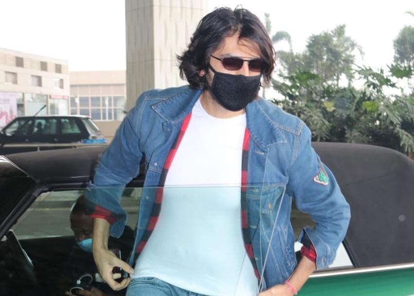 Actor Kartik Aaryan seen at the Chhatrapati Shivaji Maharaj International Airport in Mumbai