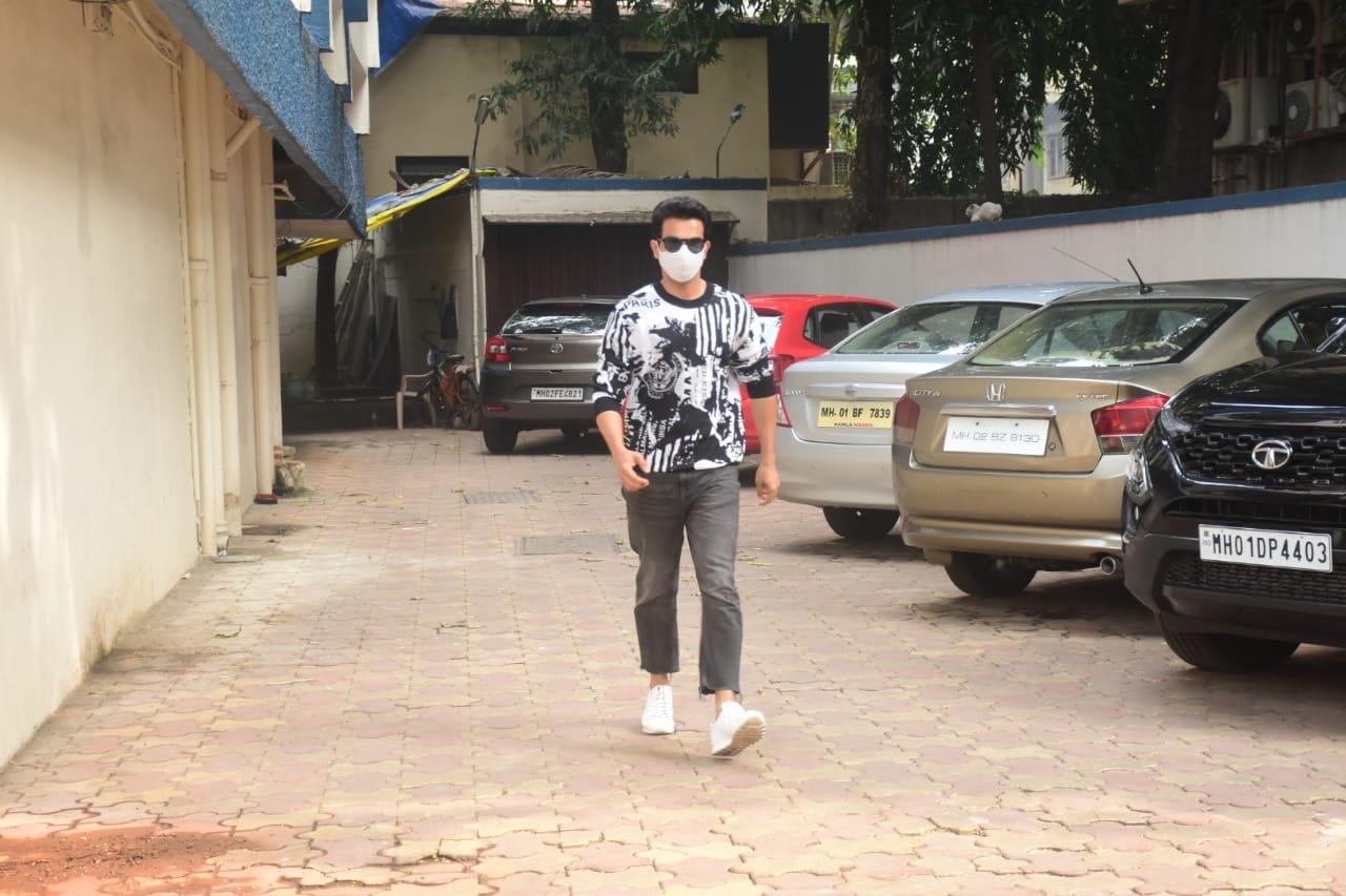 Actor Rajkumar Rao seen at Mumbai's Bandra
