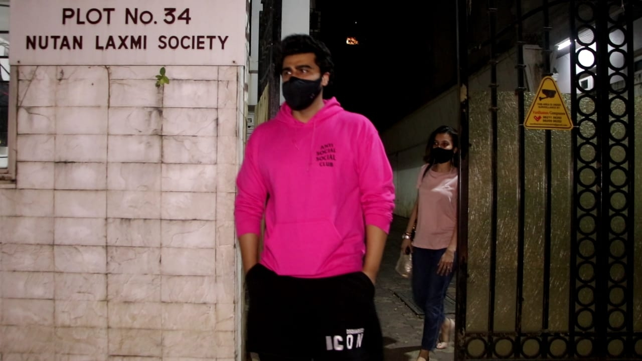Arjun Kapoor spotted clinic juhu