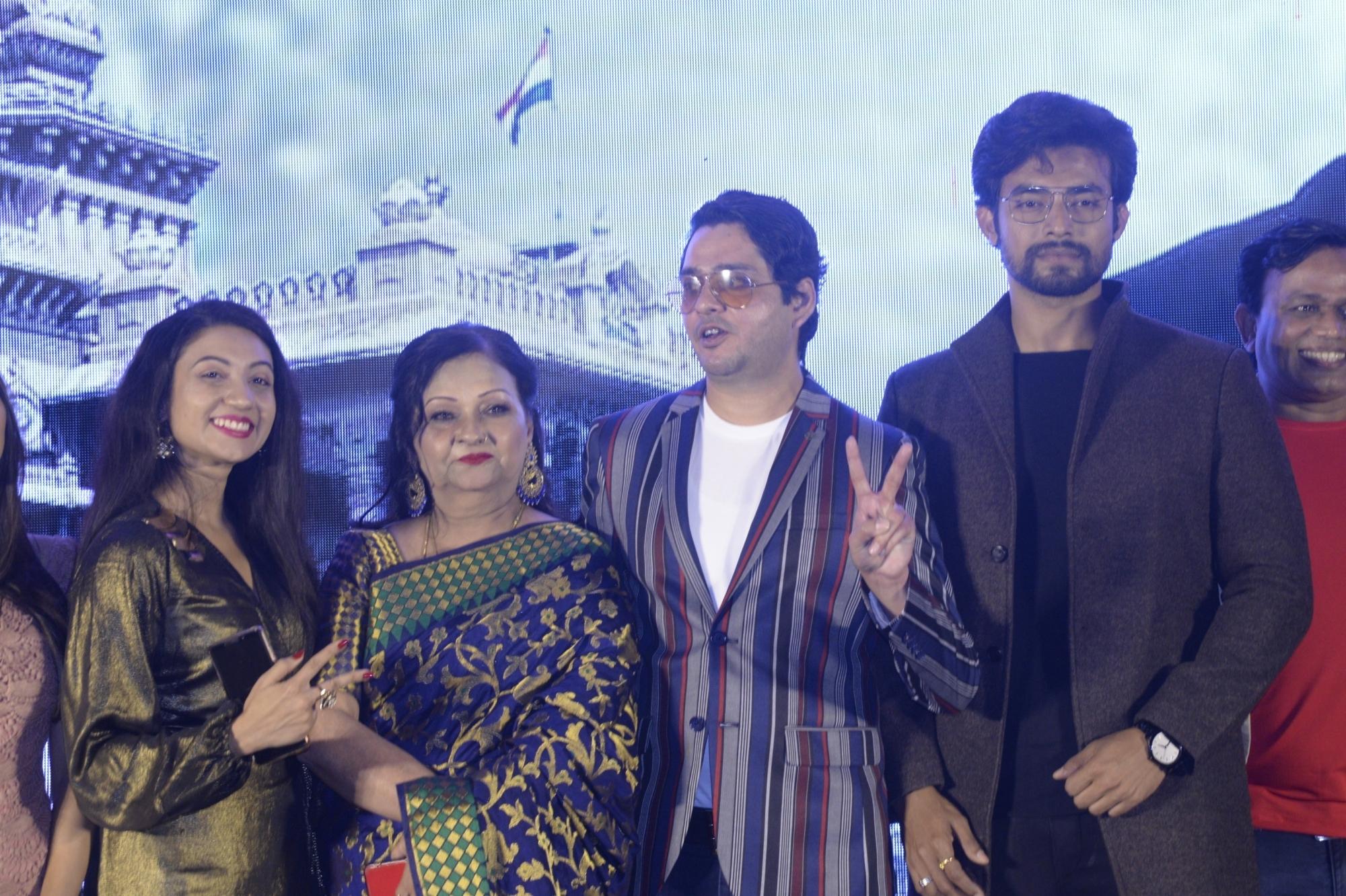 Director Suvendu Raj Ghosh and actors Supriya Karnik and Amyth Sethi at the trailer launch of their upcoming film 'Main Mulyam Singh Yadav', in Kolkata