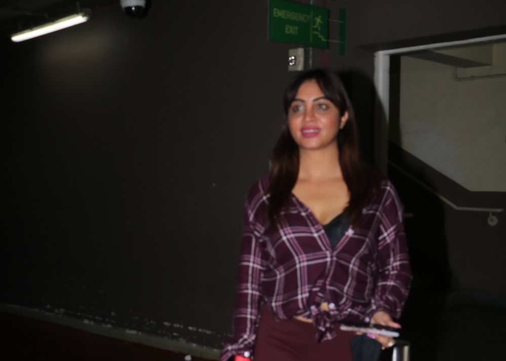 Arshi Khan spotted at Airport arrival
