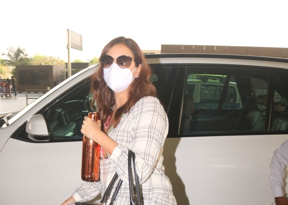Dia Mirza spotted at Airport departure