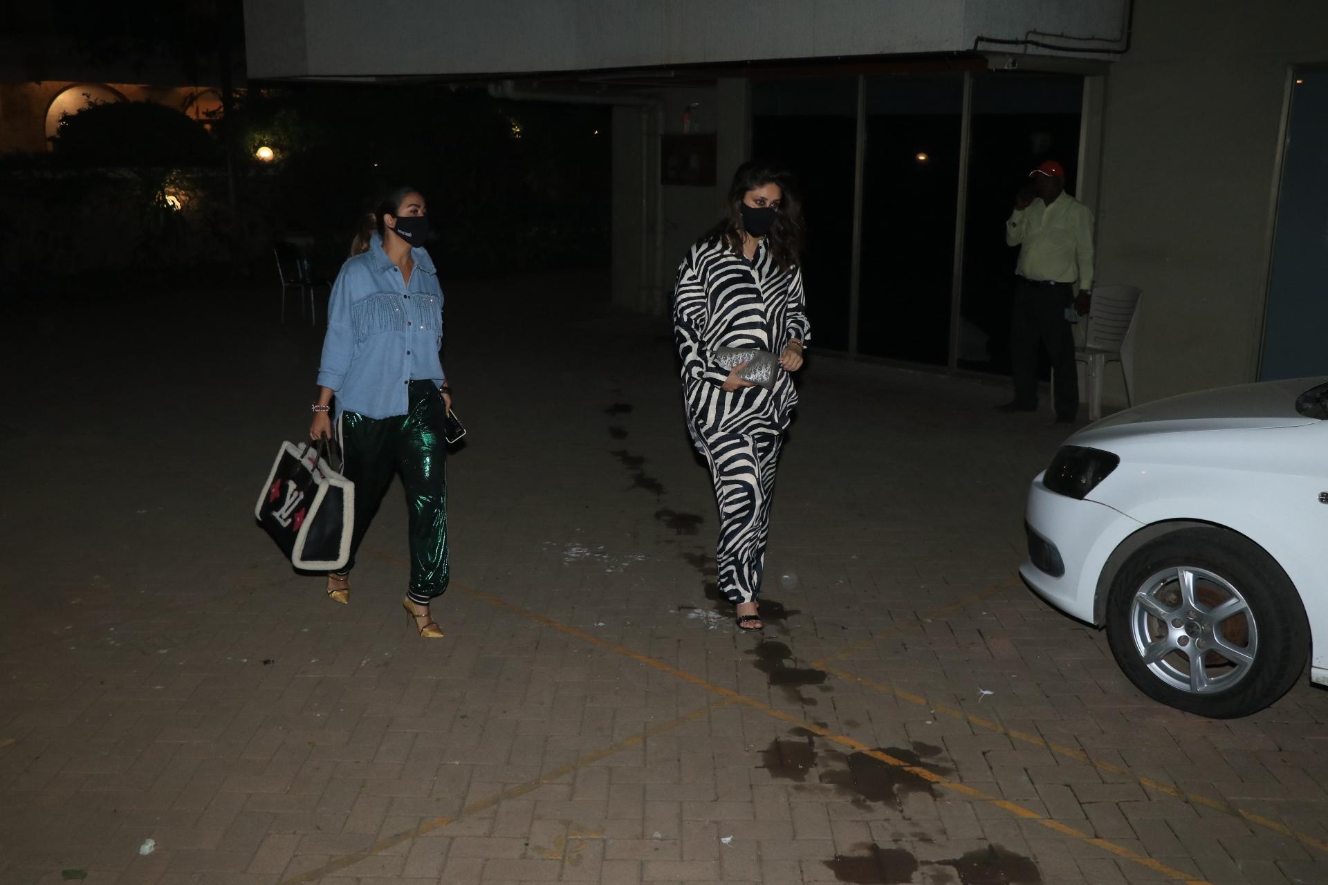 Kareena Kapoor & Amrita Arora Snapped at Karan Johar House