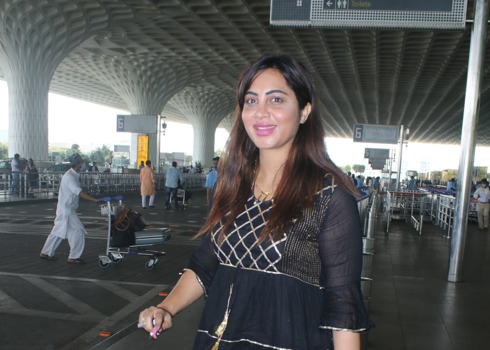 Arshi Khan Spotted At Airport Departure