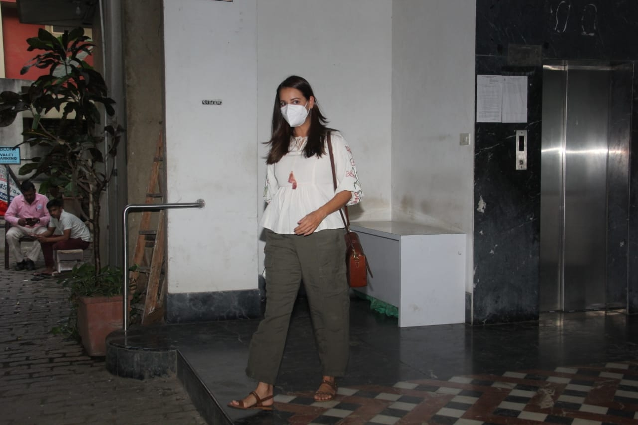 Dia Mirza Spotted at Salon In Bandra