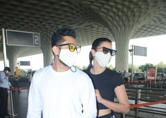 Gauhar Khan and zaid darbar spotted at airport departure