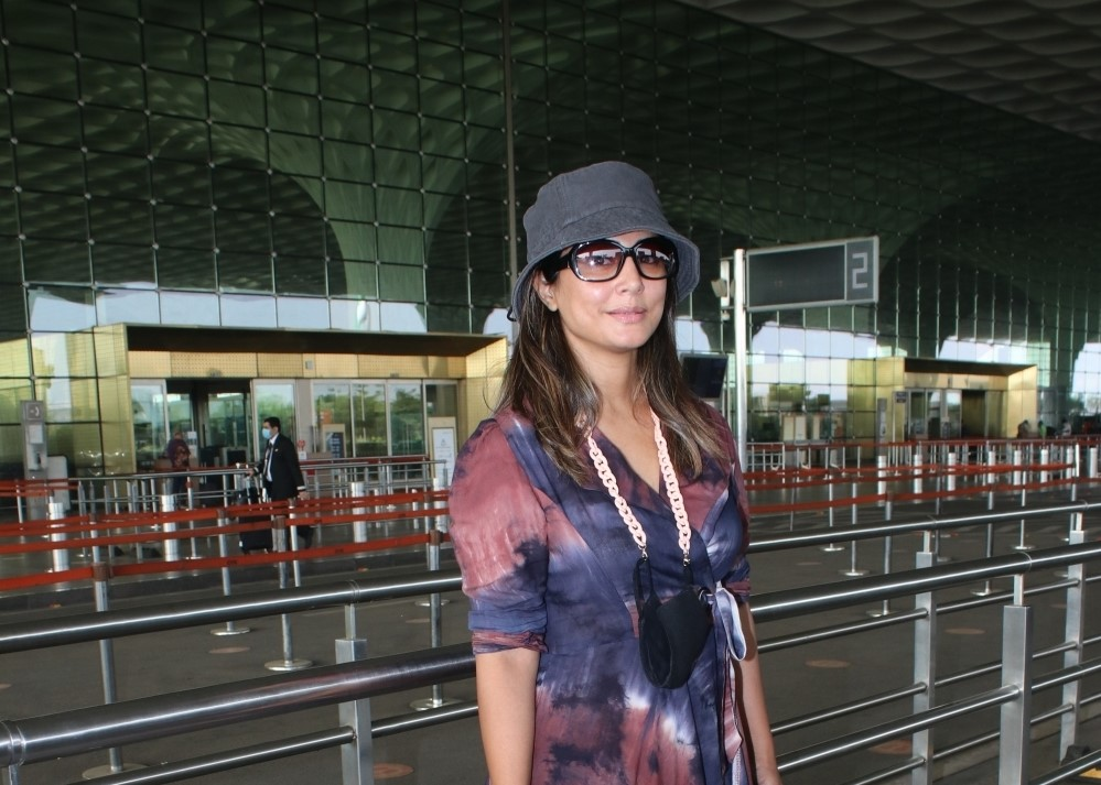 Hina Khan Spotted At Airport Departure.