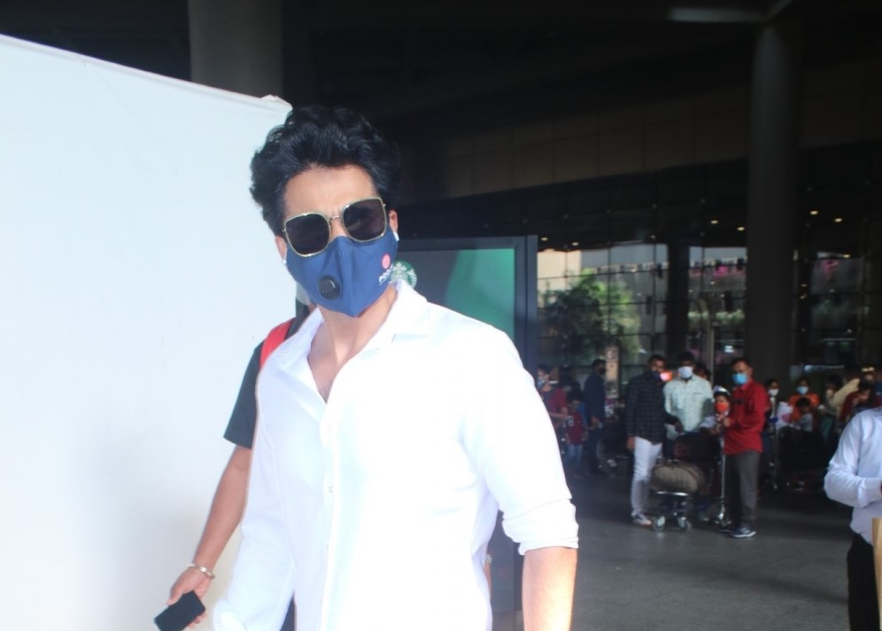 Jackky Bhagnani Spotted At Airport Arrival