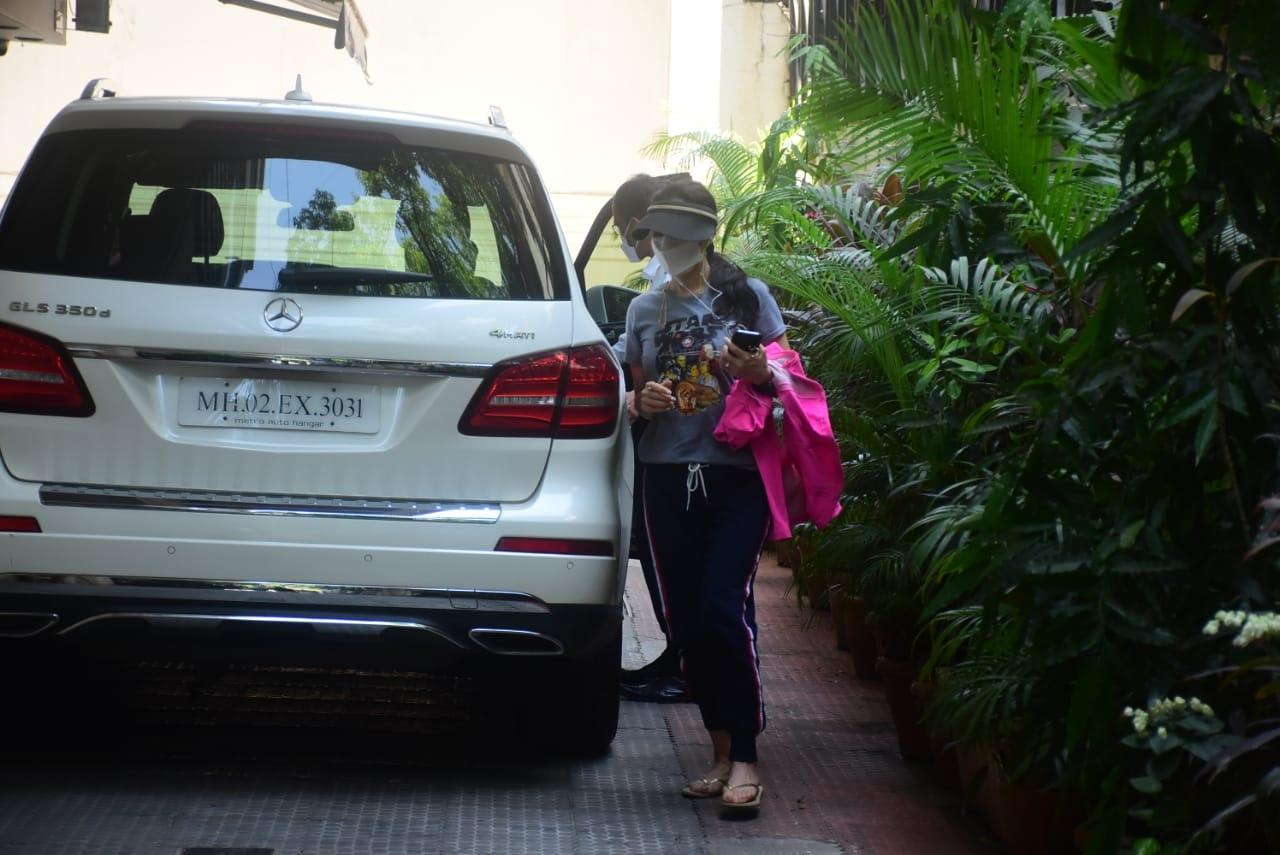 Preity Zinta Spotted at Bandra