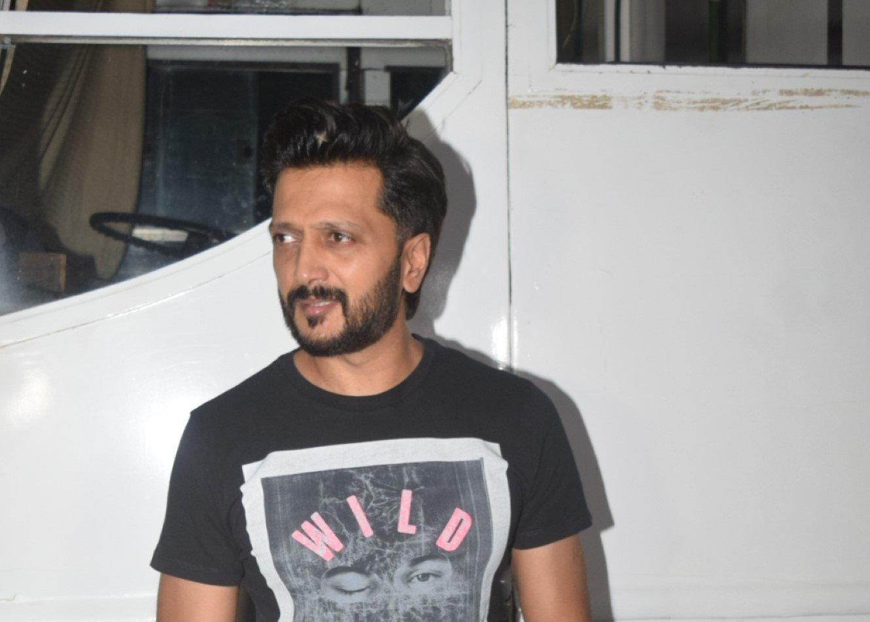Riteish Deshmukh Spotted at Andheri
