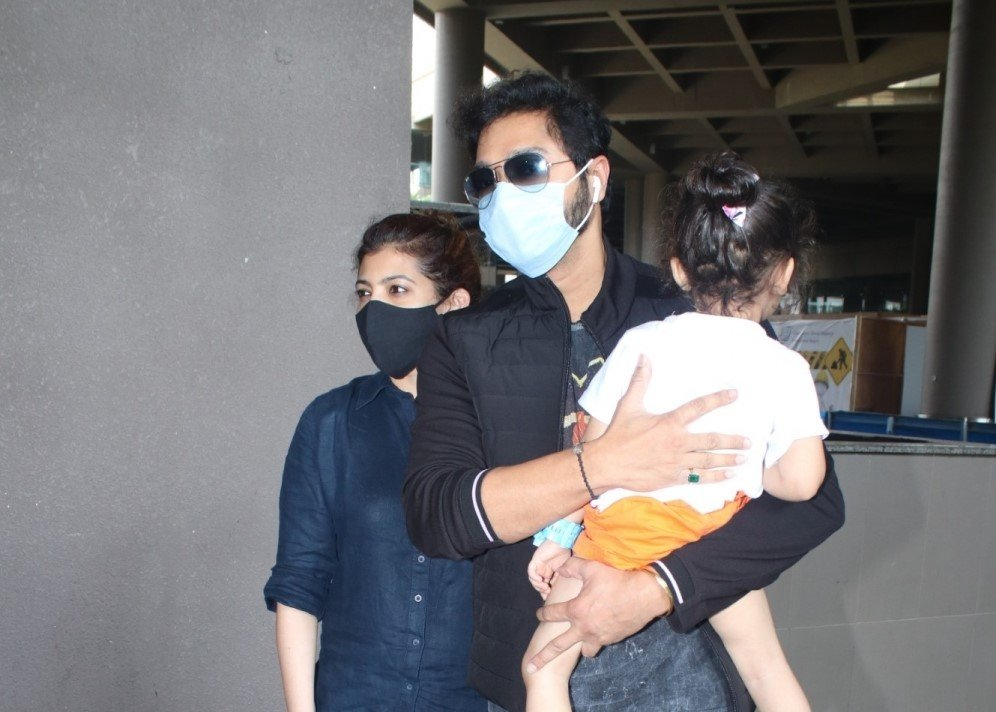 Shreyas Talpade & His Family Spotted At Airport Arrival