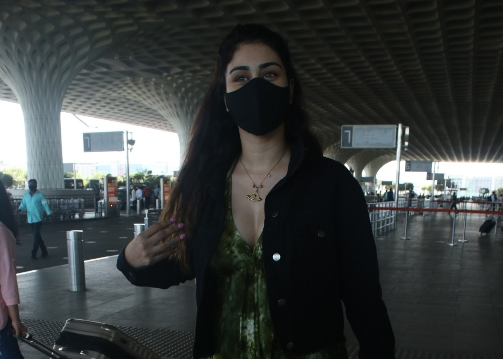 Warina Hussain Spotted at Airport Departure