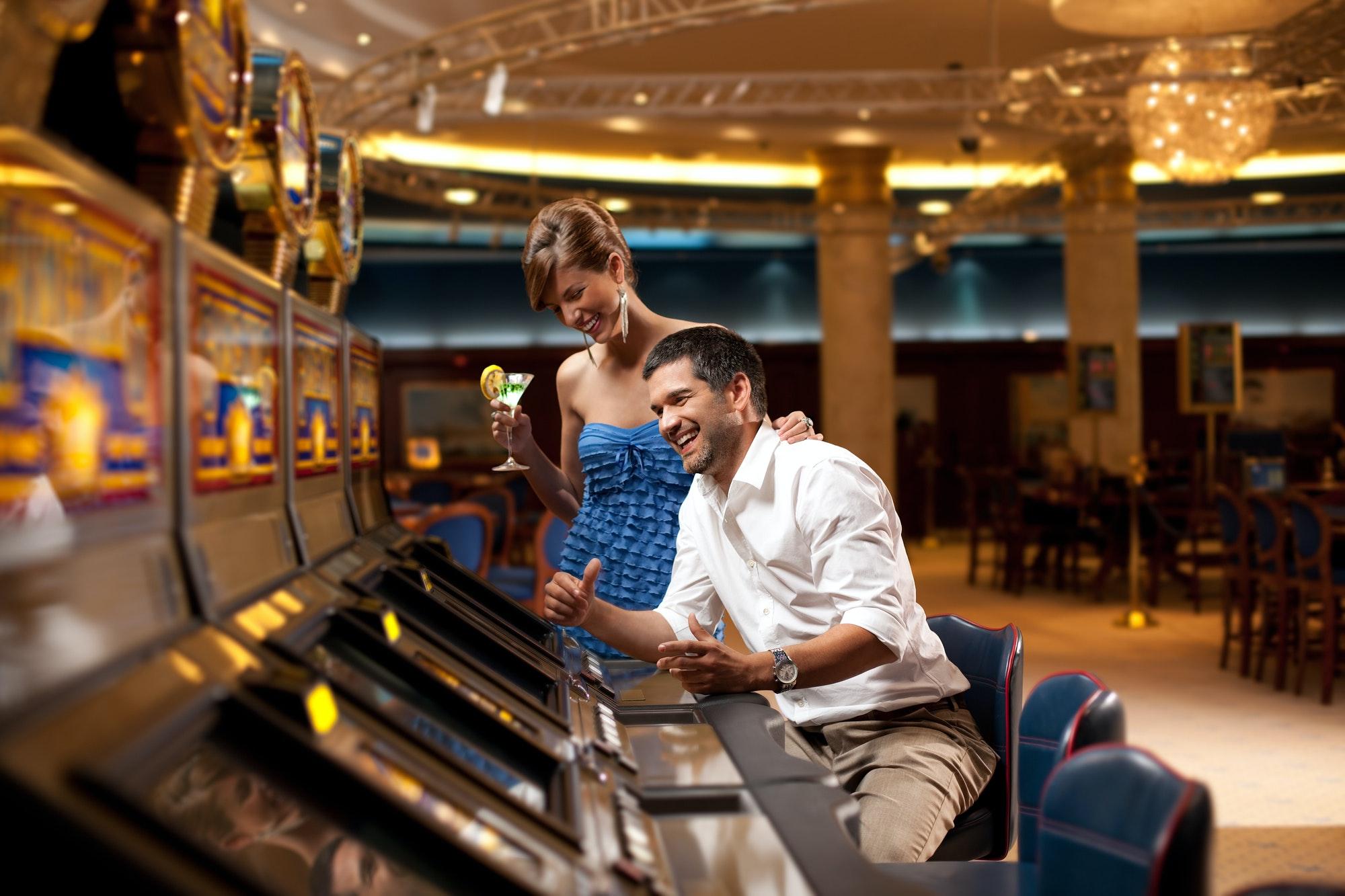 happy slot machine playing