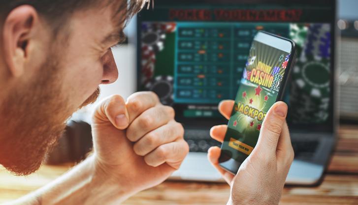 mobile-phone-casino